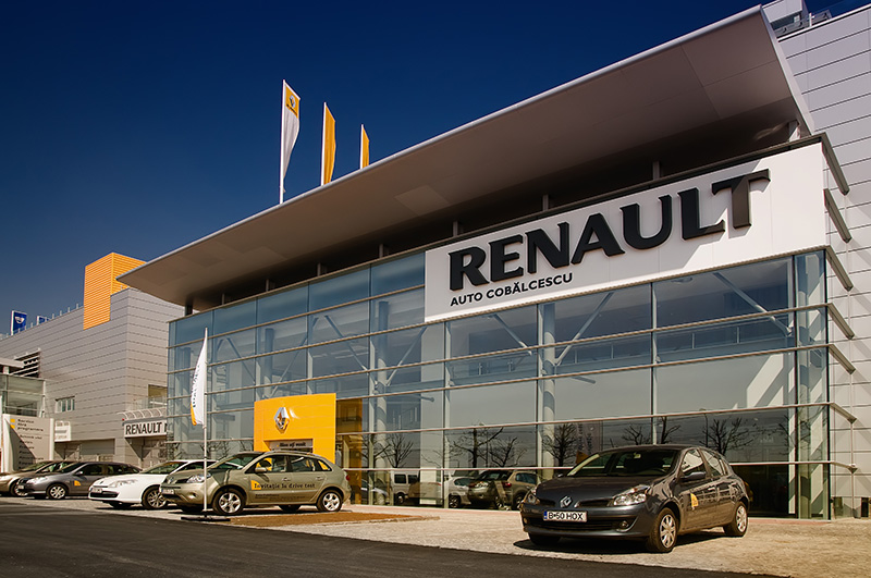 Renault: 2 service stations